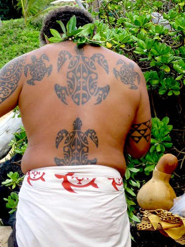 Hawaiian turtle tattoos