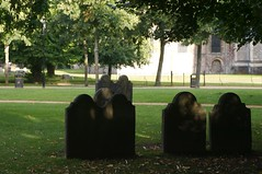 "Cimitero di winchester.jpg • <a style=""font-size:0.8em;"" href=""http://www.flickr.com/photos/11407991@N07/2120087742/"" target=""_blank"">View on Flickr</a>"