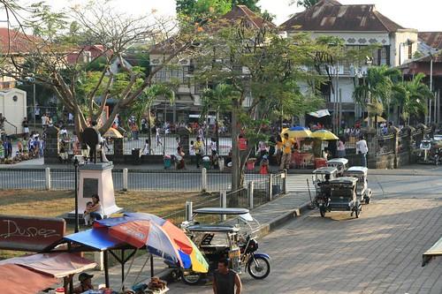 Taal Batangas Plaza