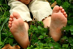 smilecutefeet (xx_shape_xx) Tags: cute feet kid child littlegirl ticklish
