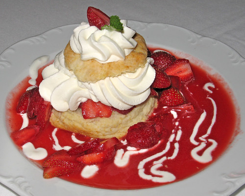 Louisiana Strawberry Shortcake