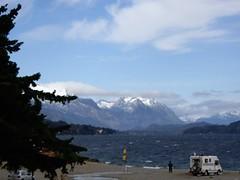 Nahuel Huapi mit den Bergen im Hintergrund