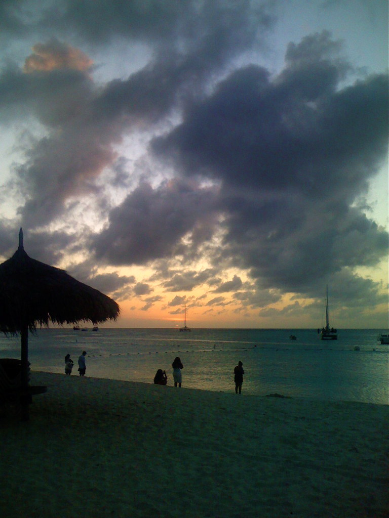 iPhone pic of the beach in Aruba