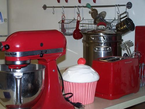 Red Kitchen & Cupcake