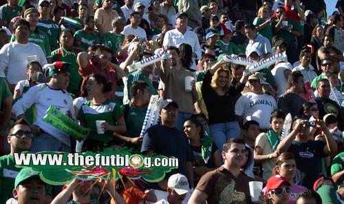 tribunas-tri-Mexico01