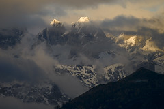 Abril (jtsoft) Tags: sunset mountains landscape asturias olympus nubes ponga picosdeeuropa e510 zd50200mm jtsoftorg torredeenmedio torredelahorcada