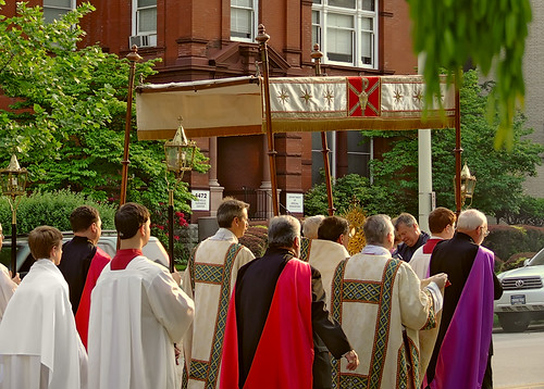 Corpus Christi procession 2008, of the Cathedral Basilica of Saint Louis, in Saint Louis, Missouri, USA - Procession 3