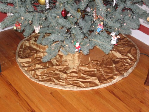 Finished Tree Skirt