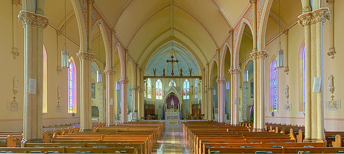 Sainte Genevieve Roman Catholic Church, in Sainte Genevieve, Missouri, USA - nave wide