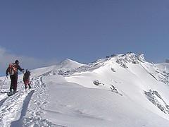 三段山稜線から十勝岳を望む
