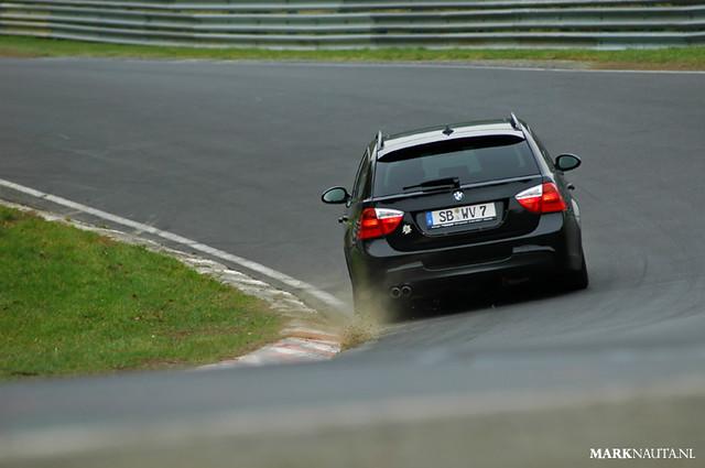 330 bmw touring nordschleife nürburgring hocheichen