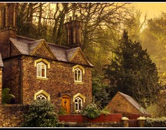 The House on the Hill (Steel Steve) Tags: house shropshire ironbridge bec chimneys smrgsbord gbr themoulinrouge firstquality lifeasiseeit 50faves outstandingshots golddragon mywinners abigfave anawesomeshot colorphotoaward aplusphoto goldenphotographer superhearts ysplix ilovemypic theunforgettablepictures platinumheartaward theperfectphotographer thegardenofzen thegoldendreams goldstaraward photosexplore ilovemypics showmeyourqualitypixels novavitanewlife sensationalphoto thedantecircle artistictreasurechest themonalisasmile