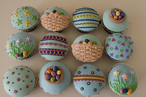 Easter Cupcakes 2 by rouvelee.