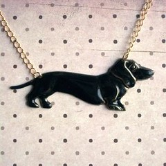Liquorice Dachshund Necklace (Shara Lambeth) Tags: dog black puppy gold necklace shiny melbourne jewelry felt dachshund jewellery chain gloss doggy etsy liquorice brass dackel goldtone madeit dawanda sharalambethdesigns