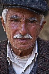Old Assyrian/Syriac man (Izla Kaya Bardavid) Tags: portrait people man color face rural turkey photo village faces oldman oldpeople mesopotamia turabdin assyrian syriac southeastturkey nikonphoto