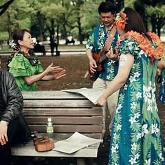 Backstage (k.nowak) Tags: music flower festival japan musicians bench ukulele rehearsal guitar performance hiroshima hawaiian backstage practising may 広島 フラワーフェスティバル 日本