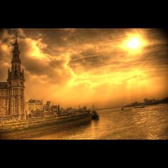 Antwerp @ Hangar 26 (Dimitri Depaepe) Tags: sun water clouds river boats bravo searchthebest quay explore antwerp hdr antwerpen themoulinrouge magicdonkey superaplus aplusphoto infinestyle diamondclassphotographer flickrelite thegardenofzen thegoldendreams