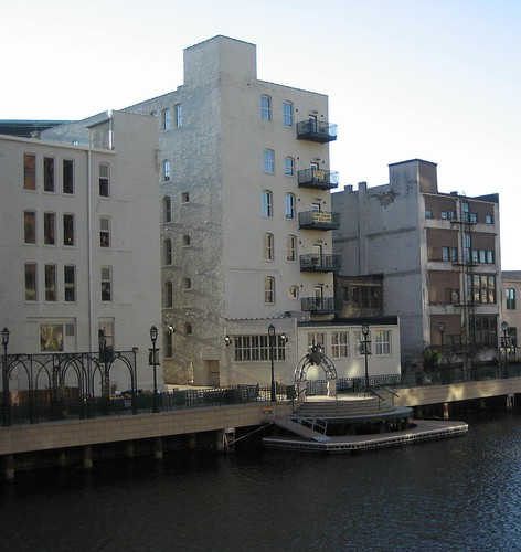 Flats Along the Milwaukee River