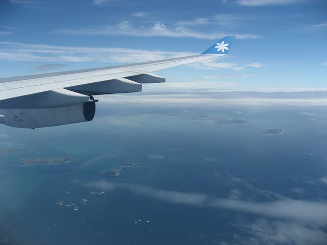 Flying over the South Pacific on Air Tahiti Nui