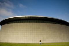 Van Gogh Museum Amsterdam (Stephen D Harper) Tags: amsterdam museum walking bodylanguage 1999 van littlepeople gogh stichting clamshell kishokurokawa kurokawa museumquarter manwalking kisho pauluspotterstraat vangoghmuseumamsterdam silverclamshell builtin1999