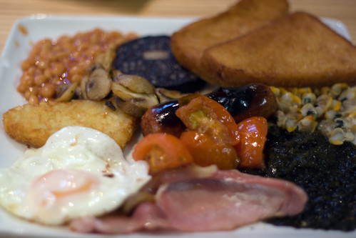 The Full Welsh Breakfast - complete with cocles and laver bread |courtesy Flickr