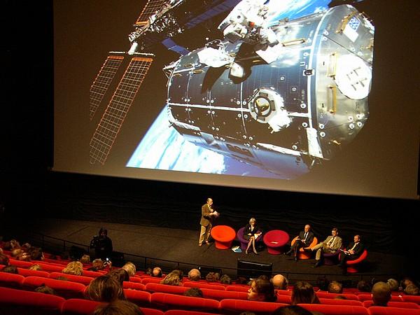 Pendant ce temps, il y avait un Français à bord de l'ISS... 2310062241_ed9d4918c0_o
