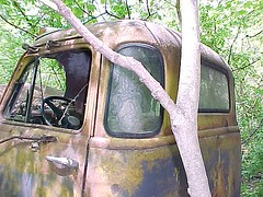 coe 5 (boisblanc1954) Tags: old ford abandoned truck vintage rusty junkyard gmc coe cabover