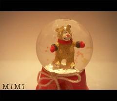 كل قلب له حبيبــه (M ï M ï) Tags: pink red snow teddy bubble ribbon transparent
