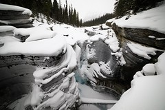 2017-SLP-002-024 (Si Longworth (Army Photographer)) Tags: jaspernationalpark 5d mk4 saskatchewanrivercrossing alberta canada ca sunwapta falls winter snow ice landscapes winterscapes