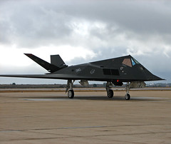 F-117 Stealth Fighter (Magic_Man) Tags: sandiego aircraft military jets airshow planes stealth fighters miramar nighthawk f117 stealthfighter miramarairshow