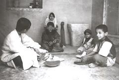 Angoshtar tela bedav (khajehpoor) Tags: old game rosta  gerash   rostaii
