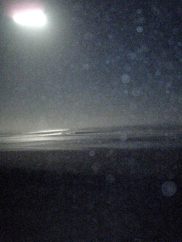 Full moon on the Waves