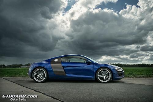 Audi R8 vs BMW M3: www.youtube.com/watch?v=en8lhHTuYFo · www.gtboard.com/