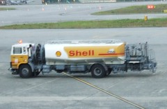 Kuching Airport fuel truck (Simon_sees) Tags: truck airport shell kuching tanker fuel kuchingairport airportvehicle petroltanker