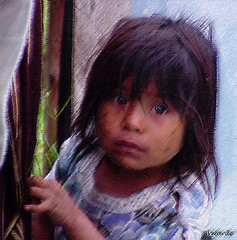 The Innocent Face of Poverty - La Cara Inocente de la Pobreza (Bernai Velarde Photography ) Tags: poverty america child guatemala sony centro poor nia misery mavica pobreza miseria velarde bernai mvcfd91 flickrgt