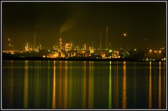 Fawley Refinery (johnnywiggla) Tags: travel light long exposure slow shutter refinery fawley aplusphoto ysplix