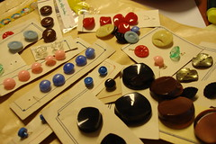 In the mail today (Kooka_) Tags: buttons sewing craft fabric gift present crafty prenda tecidos kooka notions crafties botes gales kookalicious