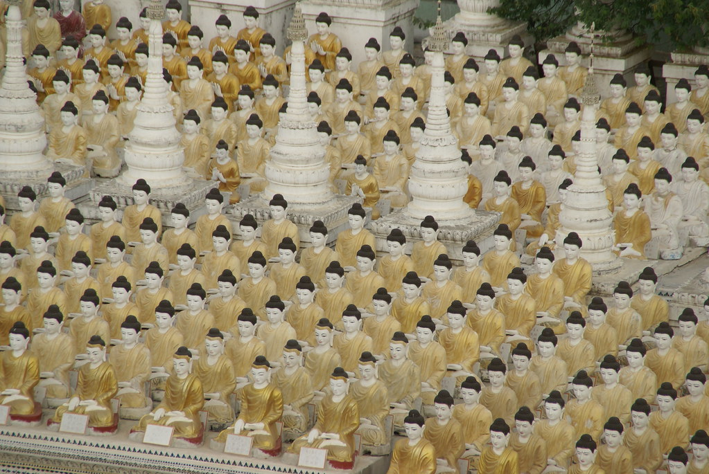 The armies of the two giant Buddhas in Monywa