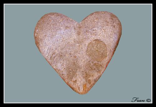 corazón de piedra copia