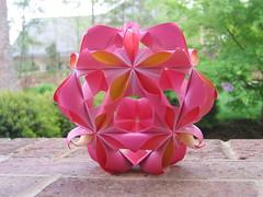 Arabesque Folded Inward (The Seiuchi) Tags: arabesque kusudama