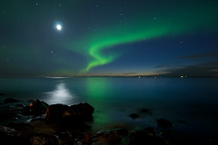 Great lights (Oddur Jns) Tags: sea iceland rocks northernlights afterdark auroraborealis alftanes anawesomeshot nikond300 arcticantarctic