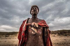 Noble Caesar (teltone) Tags: anotherplace waterloo sony sonyrx100mk4 seftoncoast liverpool merseyside beach anthonygormley winter flaneur mirrorless street sefton uk shoplocal home culture fab afternoon sonyrx100m4