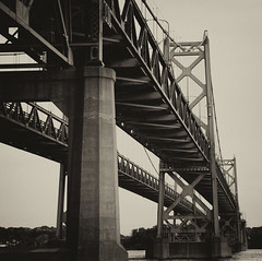 Twin Bridges - Mississippi River (addie cass) Tags: bridge mississippi cool twin uncool davenport cool2 cool5 cool4 uncool2 uncool3 uncool4 uncool5 uncool6 uncool7 cool3forlaird