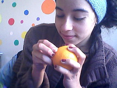 Pasado, Presente, Futuro. (Vacoofuca) Tags: orange girl mas amor circles more comer fin analogia past naranja pasado circulos termino aprecio prensente furuto