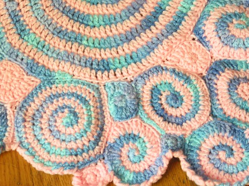 Freeform Doll Blanket - close up