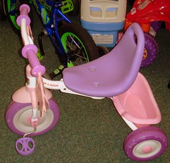 radio flyer girls foldable bike