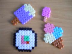 sushi y heladitos Hama beads (Garumiru) Tags: llaveros hamabeads