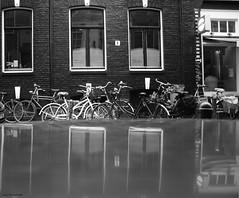 Reflexes of Amsterdam (Clivy ..dawn came and swept me :)) Tags: bw netherlands nederland bn caffè bianconero olanda biancoenero amterdam blackandwight northholland bncittà wedafavola ilarialeschiutta foto©ilarialeschiutta