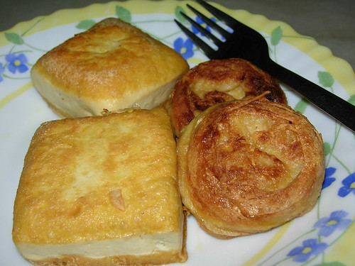 soya bean cakes and vegetarian eggs