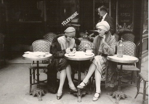 French Flappers, Parisian Cafe 1920's / Vintage Lulu